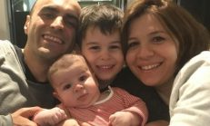 3 ay önce ikinci çocukları Arel'i kucaklarına alan Alper Kul-Aylin Kontente çiftinin mutluluk fotoğrafı…