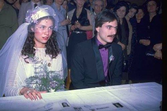 Ünlülerin Evlilik Günlerine Ait