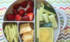 Evden Getirdiği Yiyeceklerin Sağlıklı Olmadığını Söyleyen Öğretmen Öğrencisinin Beslenmesini Çöpe Attı