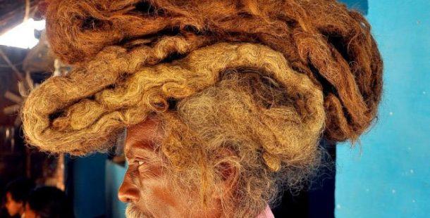 40 Yıldır Saçını Ne Yıkıyor Ne De Kesiyor! Sebebi Şoke Edici